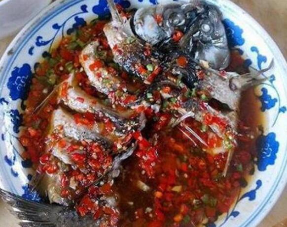 美食优选:蒜香辣炒虾、鱼香金针菇、干